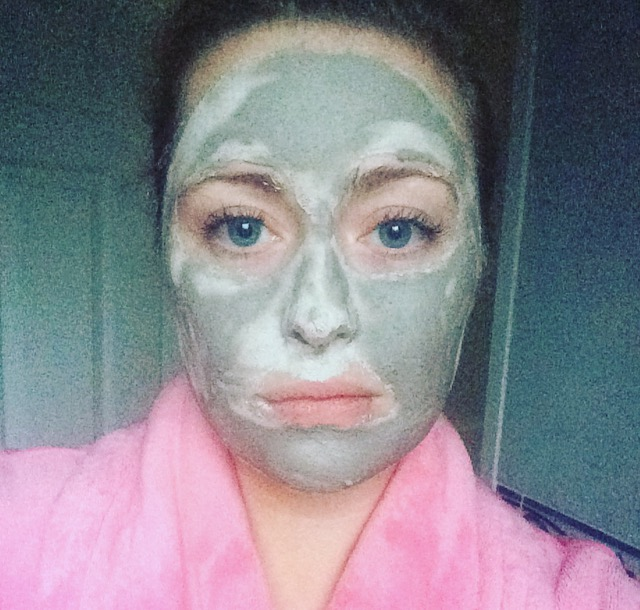 body shop seaweed ionic clay mask how to use