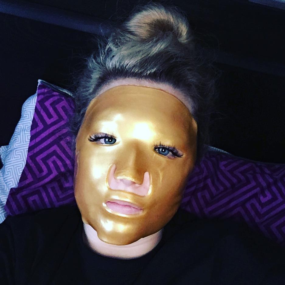 Review: 24K Gold Collagen Masks