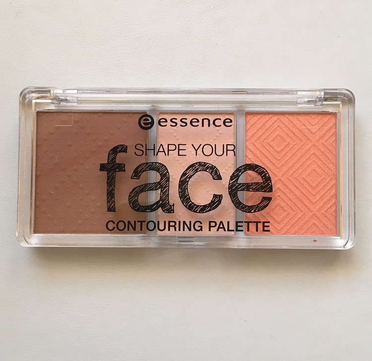 Product of the Day: Essence Shape Your Face Contouring Palette