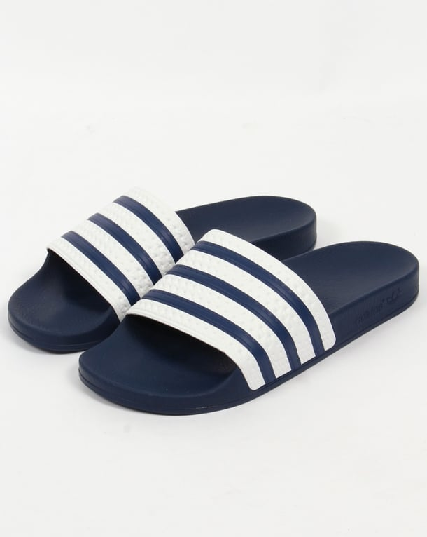 5cf595e88239b9 adidas-adilette-slides-white-navy-p6911-50401 medium
